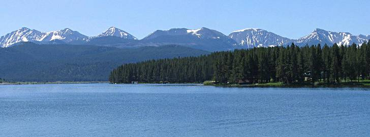 Beautiful homes for sale in Georgetown Lake, Montana.
