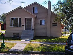 corner lot, income property, rental, home, basement, yard, apple tree, St. Anthony, Idaho