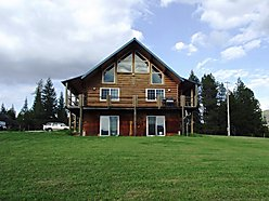 St.Maries, Idaho, Log home, acres, ATV, Hunting, horses, hay, bedroom, views, privacy, private, wildlife, mountains, access, year round, covered deck, Emida for sale
