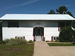 Fllodwood, Minnesota, home, for sale, three car garage, garden shed, updated, remodeled,