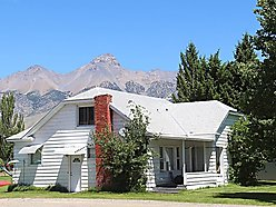 home, for sale, mackay, idaho, garage, updated, shed, remodeled, school, restaurants, library, view, for sale