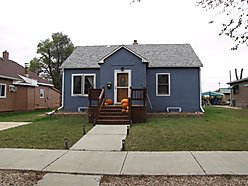 home, for sale, lemmon, south dakota, missouri river, shadehill reservoir, storage, garage, deck,   for sale