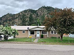 home, for sale, superior, montana, garage, workspace, clark fork river, single level, wood stove,  for sale